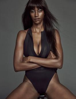 Nadine-bikini3