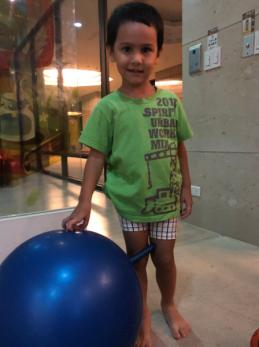 AARON 104公分 4歲2
